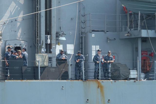 Lễ đón siêu tàu sân bay Mỹ cùng hơn 6.000 thủy thủ đoàn 3