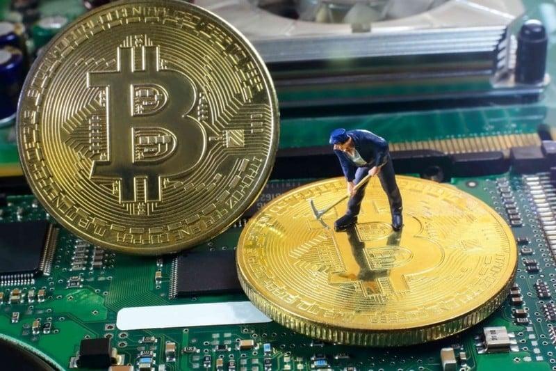 Hình ảnh Giá bitcoin hôm nay 7/3/2018:  Mất gần 1.000 USD chỉ sau 1 đêm, biểu hiện cho tương lai ảm đạm số 1