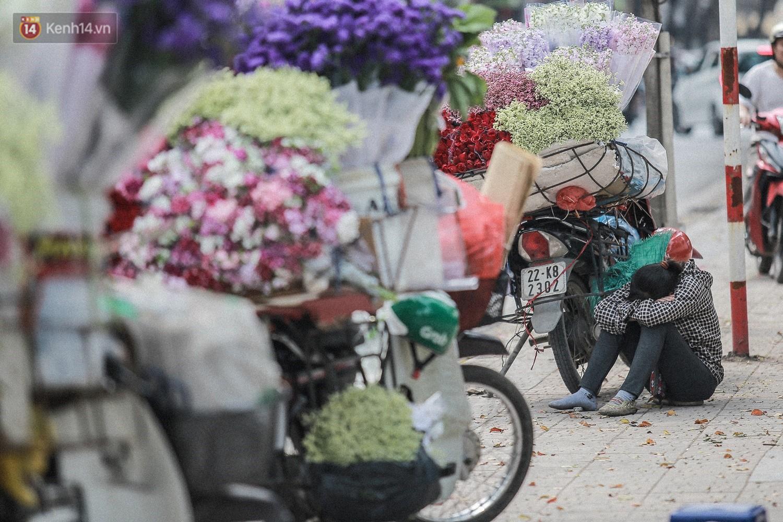 """8/3 của những người phụ nữ không bao giờ thiếu hoa: """"Mình thích thì mang hoa về tự cắm, chẳng cần chờ ai tặng cả!"""" 14"""