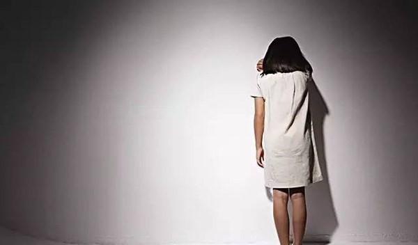 Bé gái 11 tuổi bị hàng xóm cưỡng hiếp suốt 6 tháng, cha mẹ không hay biết 1