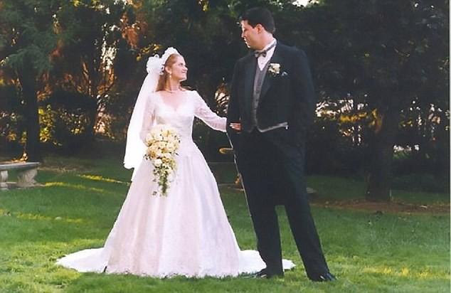 Nghi ngờ vợ ngoại tình, chồng dùng hẳn flycam theo dõi và nhận cái kết buồn cho cuộc hôn nhân 2
