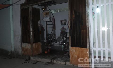 Hình ảnh Phát hiện người đàn ông chết lõa thể, tử thi bốc mùi nồng nặc trong căn nhà khóa kín số 2