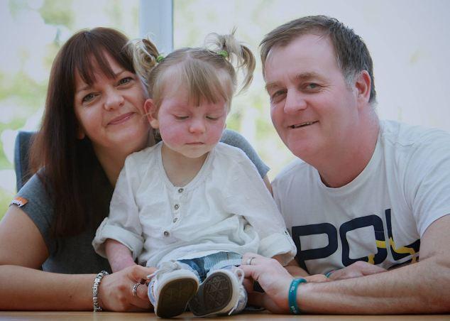Bác sĩ nghĩ bé sơ sinh bị bầm tím nhưng 2 tuần sau, kết luận của họ khiến bố mẹ lo sợ 4