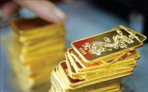 Giá vàng hôm nay 12/3/2018: Tụt dốc khi dòng tiền tháo chạy 1