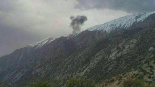 Máy bay lao vào núi ở Iran, 11 người chết 1