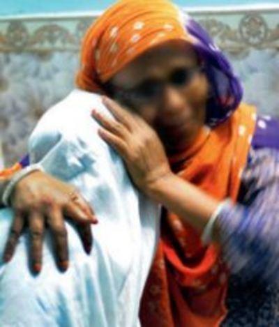 Bỏ nhà đi vì giận mẹ, bé gái 11 tuổi bị hãm hiếp, hành hạ suốt 10 năm 1