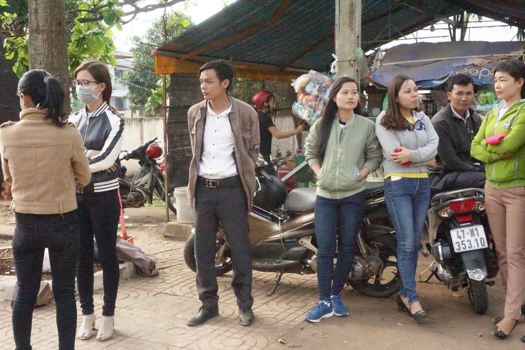 Đắk Lắk: Tâm sự của cô giáo bán cháo để bám nghề, thấp thỏm lo mất việc - Ảnh 3.