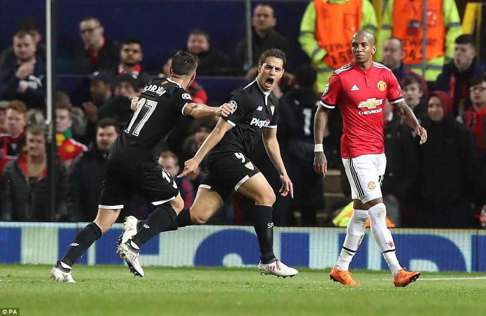 Man Utd nhạt nhòa, bị đá văng khỏi Champions League - Ảnh 5.
