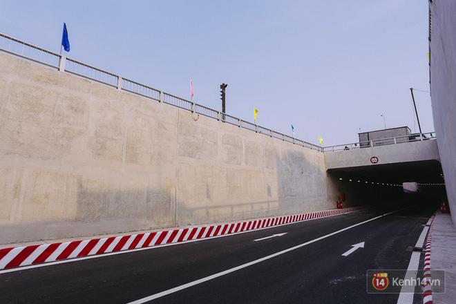 Hình ảnh Cận cảnh nút giao thông 3 tầng thứ hai ở Sài Gòn sau khi thông xe hầm chui hơn 500 tỉ đồng số 10