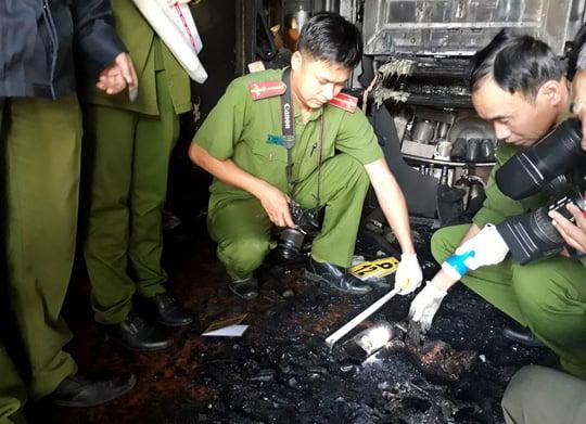 Vụ 5 người bị thiêu chết trong biệt thự: Em nghi can thừa nhận anh trai đã chết cháy 1