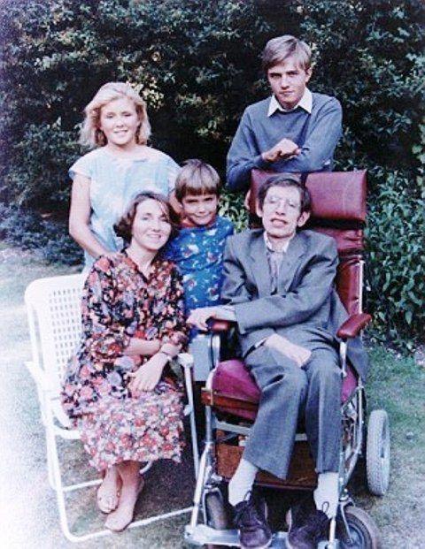 Sự thật đằng sau bộ phim triệu người xem về Stephen Hawking: Những ẩn ức chưa kể - Ảnh 6.