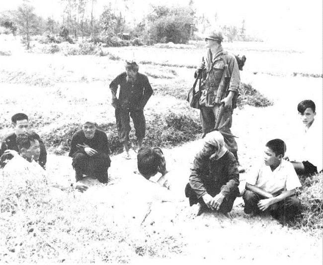 50 năm thảm sát Mỹ Lai: Quá nhiều đau đớn và ám ảnh trong những bức hình 5