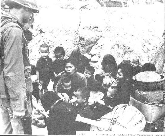50 năm thảm sát Mỹ Lai: Quá nhiều đau đớn và ám ảnh trong những bức hình 6