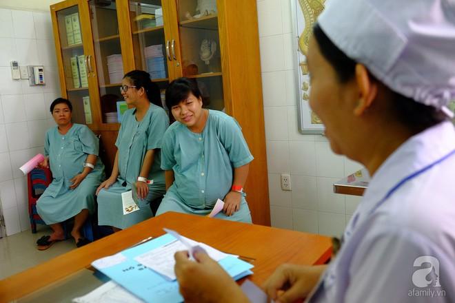 """Thai phụ tại bệnh viện Từ Dũ kể chuyện mẹ ruột băng huyết suýt chết khi """"sinh tự nhiên"""" tại nhà 8"""