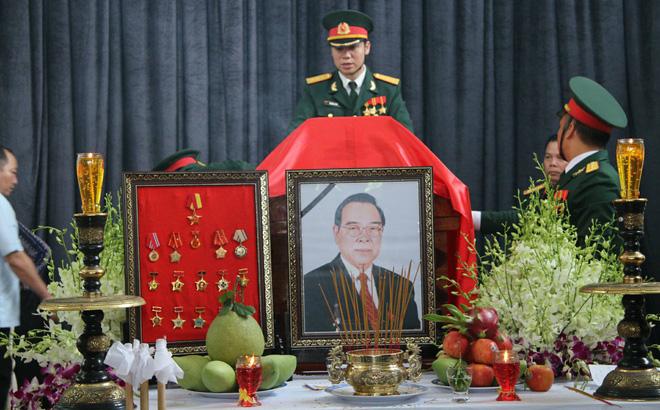 Sau lễ quốc tang, nguyên thủ tướng Phan Văn Khải an táng tại nghĩa trang quê nhà 1