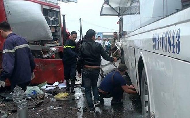 Tâm sự của lính cứu hỏa trong vụ tai nạn cao tốc Pháp Vân – Cầu Giẽ: Tôi ước các phương tiện nhường xe ưu tiên một lối đi 1