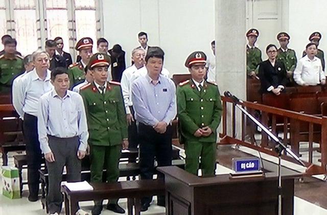 Hình ảnh ông Đinh La Thăng trong ngày đầu xét xử vụ PVN thiệt hại 800 tỷ đồng 3