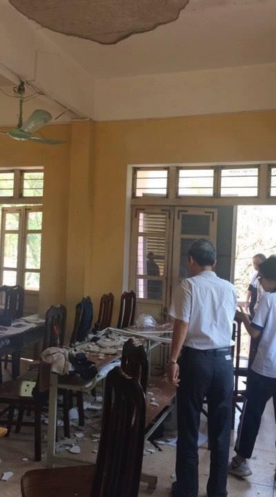 Sập trần trường THPT Trần Nhân Tông, 3 học sinh bị thương 2
