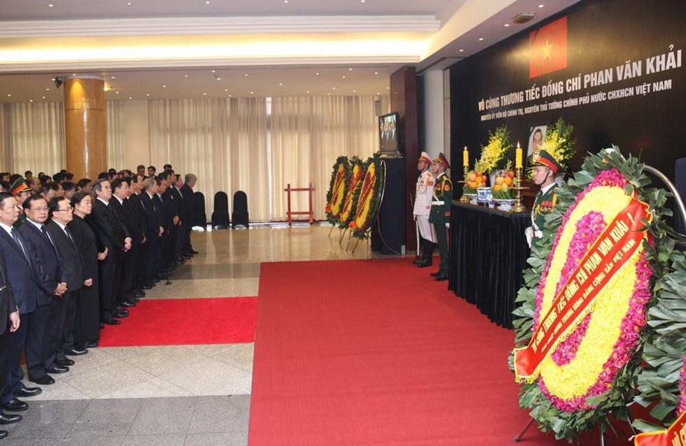 Toàn cảnh lễ Quốc tang nguyên Thủ tướng Chính phủ Phan Văn Khải 6