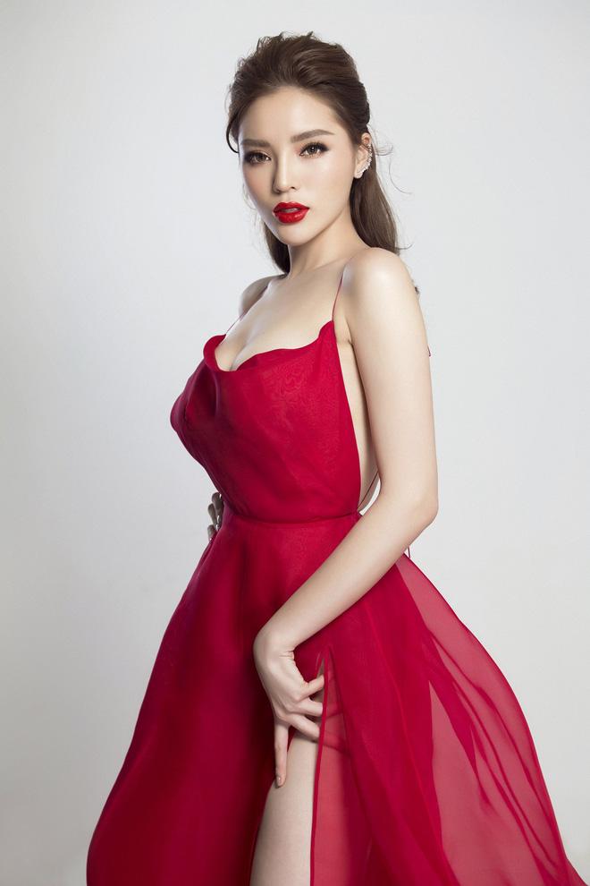 Hoa hậu Kỳ Duyên gây sốc với bộ ảnh nóng bỏng sau nghi án phẫu thuật 4
