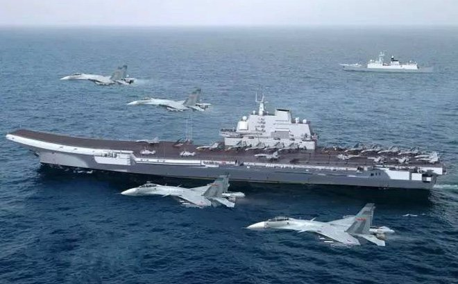 Hình ảnh Đội hình tàu sân bay Trung Quốc đưa xuống Biển Đông bị chê tơi tả số 1