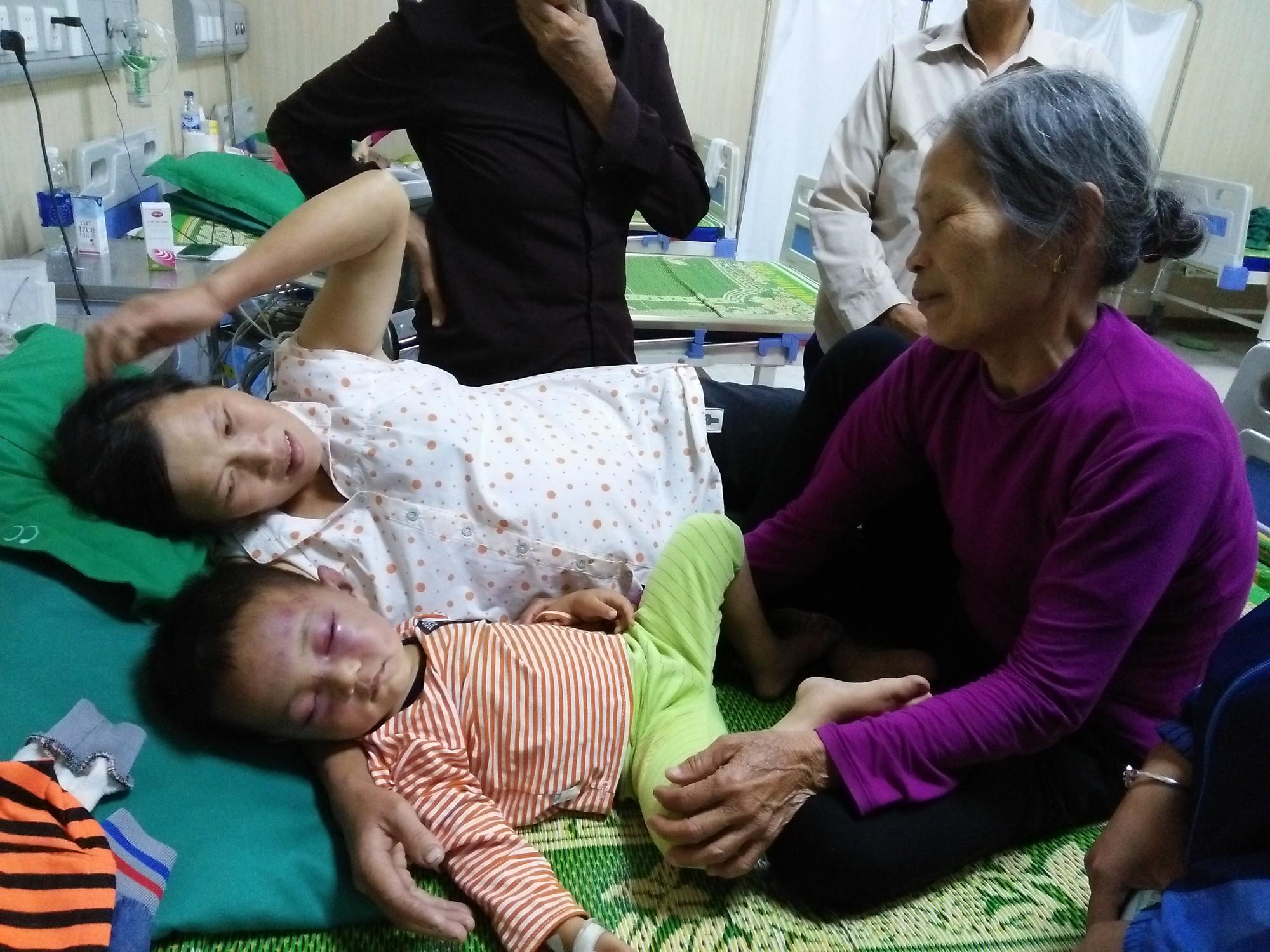 Thông tin mới nhất vụ bé trai 2 tuổi bị cha dượng đánh nhập viện 2