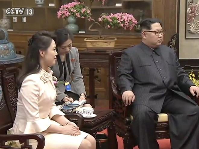 Dân mạng xứ Trung sôi sục trước khí chất ngút trời của phu nhân ông Kim Jong Un 1