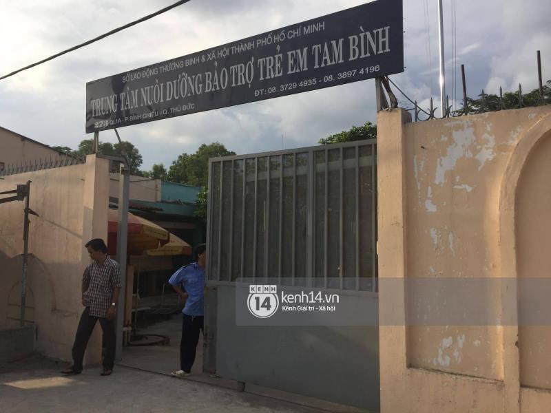 Tìm thấy bé gái 8 tuổi mất tích sau khi đón xe buýt từ làng ĐH Quốc Gia xuống trung tâm Sài Gòn trong lúc đi ăn xin 2