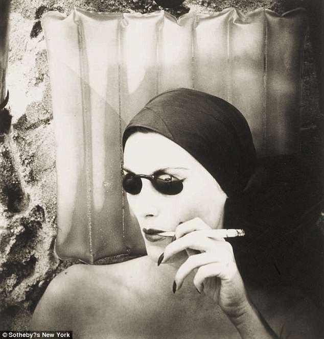 Những bức ảnh thời trang kinh điển và đắt giá của thế kỷ 20, có bức được định giá tới 6,8 tỷ đồng - Ảnh 10.