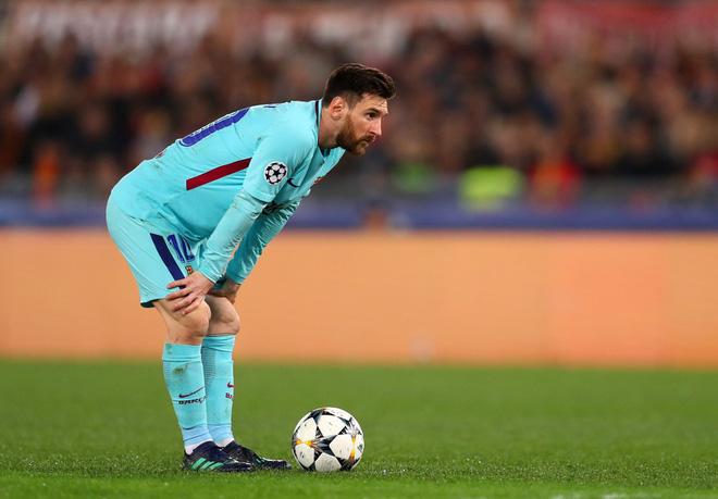 Ánh mắt bất lực, đáng thương của Messi khi Barca chia tay Champions League 5