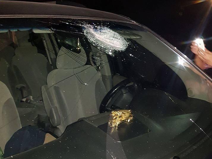 Hàng loạt ô tô bị ném gạch vỡ kính trên cao tốc Hà Nội - Thái Nguyên trong đêm 1