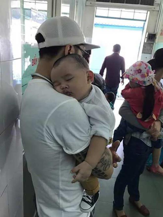 Sao nam Việt: Từng là soái ca 'sát gái' hô biến thành 'ông bố bỉm sữa' đảm đang 13