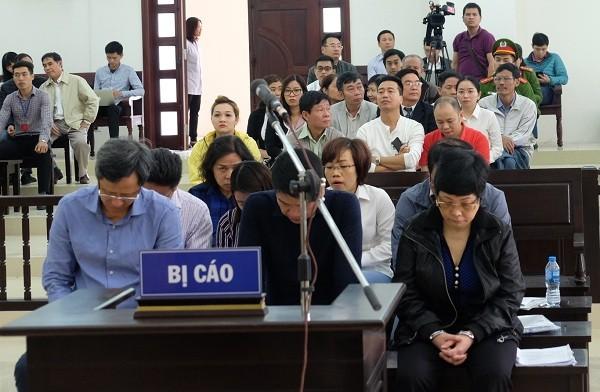 Cựu đại biểu Quốc hội Châu Thị Thu Nga bị giữ nguyên án chung thân 1