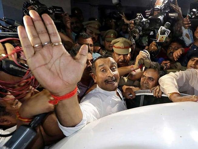 Nghị sĩ Ấn Độ bị bắt vì cáo buộc hiếp dâm thiếu nữ 17 tuổi 1