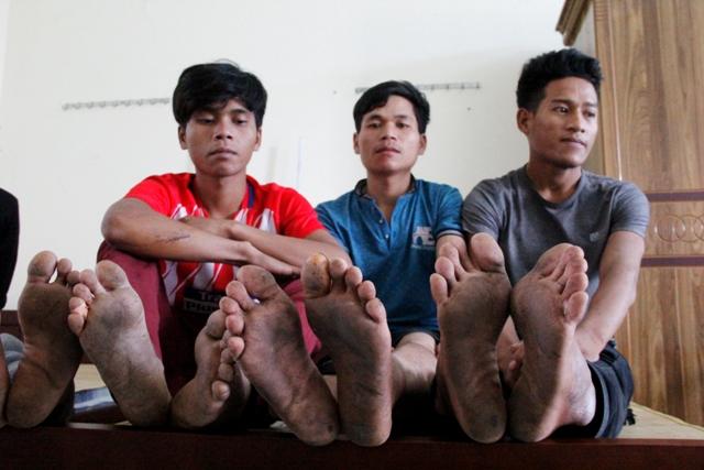 Hình ảnh Giải cứu 11 thanh niên bị đánh đập, trốn trong hầm vàng sâu 100m ở Quảng Nam số 2