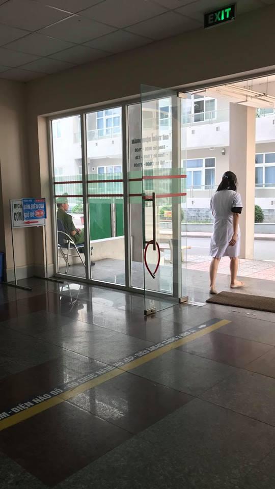 Nhiều bệnh viện nhờ công an cắm chốt, lập đường dây nóng với cảnh sát và huy động bảo vệ 2