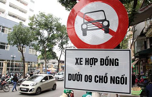 Hiệp hội taxi đề xuất chuyển biển số ô tô kinh doanh từ trắng sang vàng 1