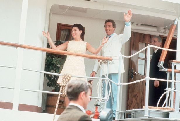 Điều ít biết về du thuyền hoàng gia mang lời nguyền khiến các cặp đôi đều ly hôn sau tuần trăng mật ngọt ngào 2