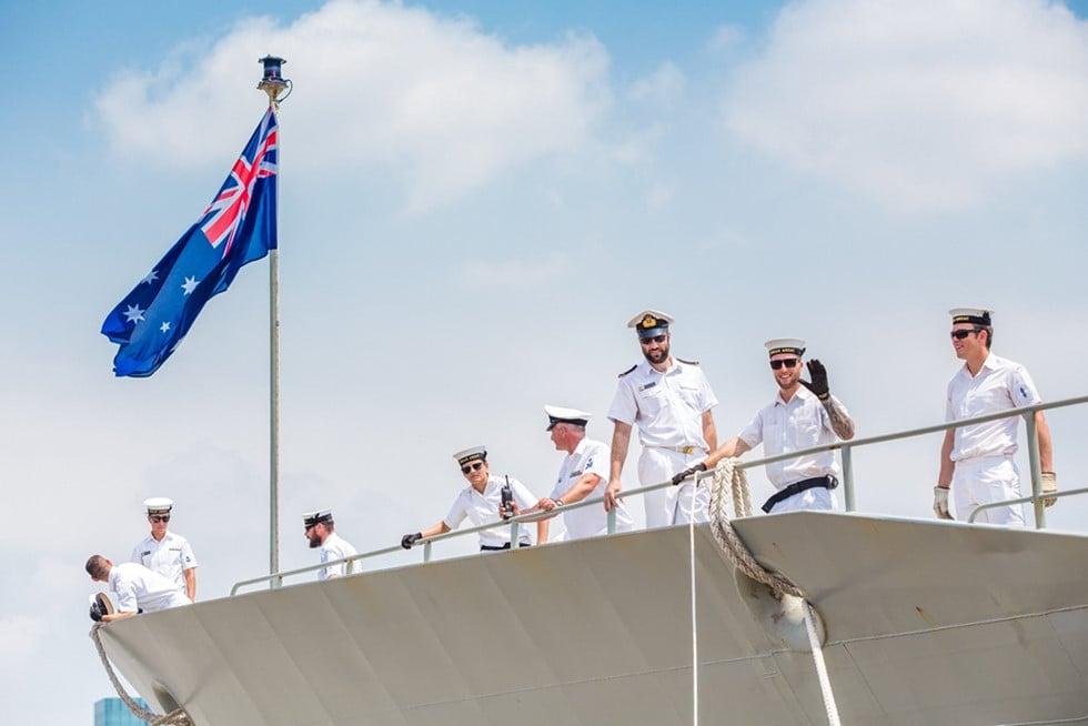 Cận cảnh 3 chiến hạm Hải quân Hoàng gia Australia cập cảng TP.HCM 6