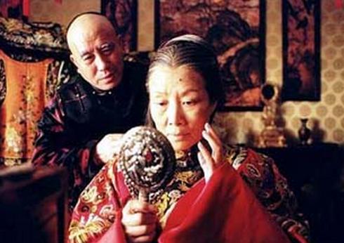 Vô tình nhìn thấy nhan sắc thật của Từ Hy Thái hậu, thái giám cung nữ chịu kết cục bi thảm 3