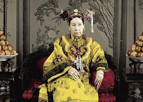 Vô tình nhìn thấy nhan sắc thật của Từ Hy Thái hậu, thái giám cung nữ chịu kết cục bi thảm 1