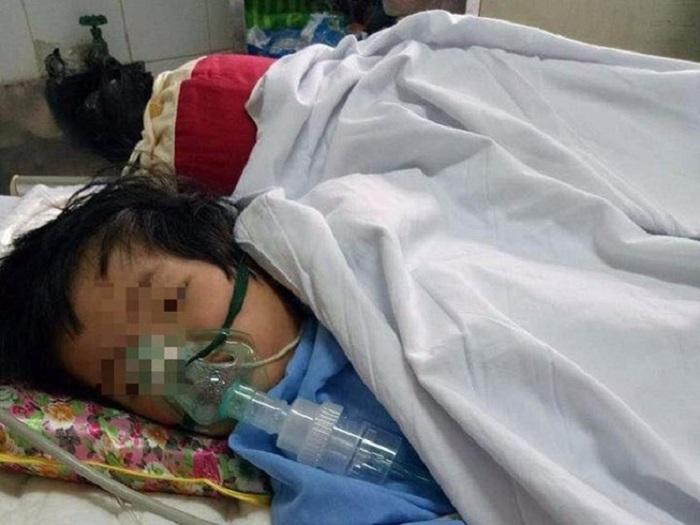 Xôn xao bé gái 20 tháng tuổi bị rạn hộp sọ, liệt nửa người sau 3 ngày đến trường 1