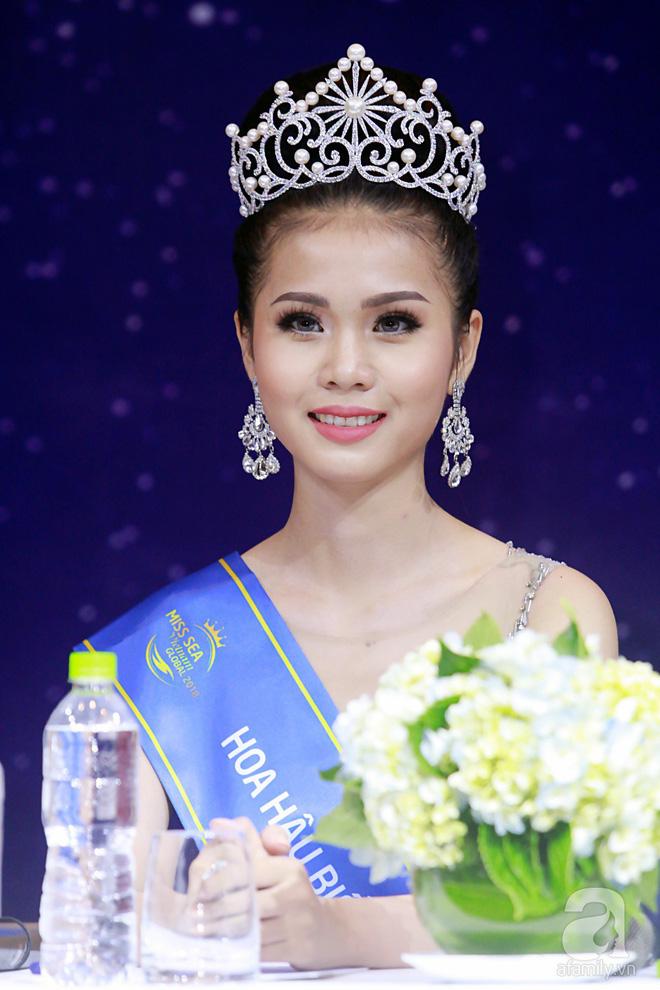 Tân Hoa hậu biển Việt Nam 2018 khoe bằng cấp 3 giữa lùm xùm học vấn 1