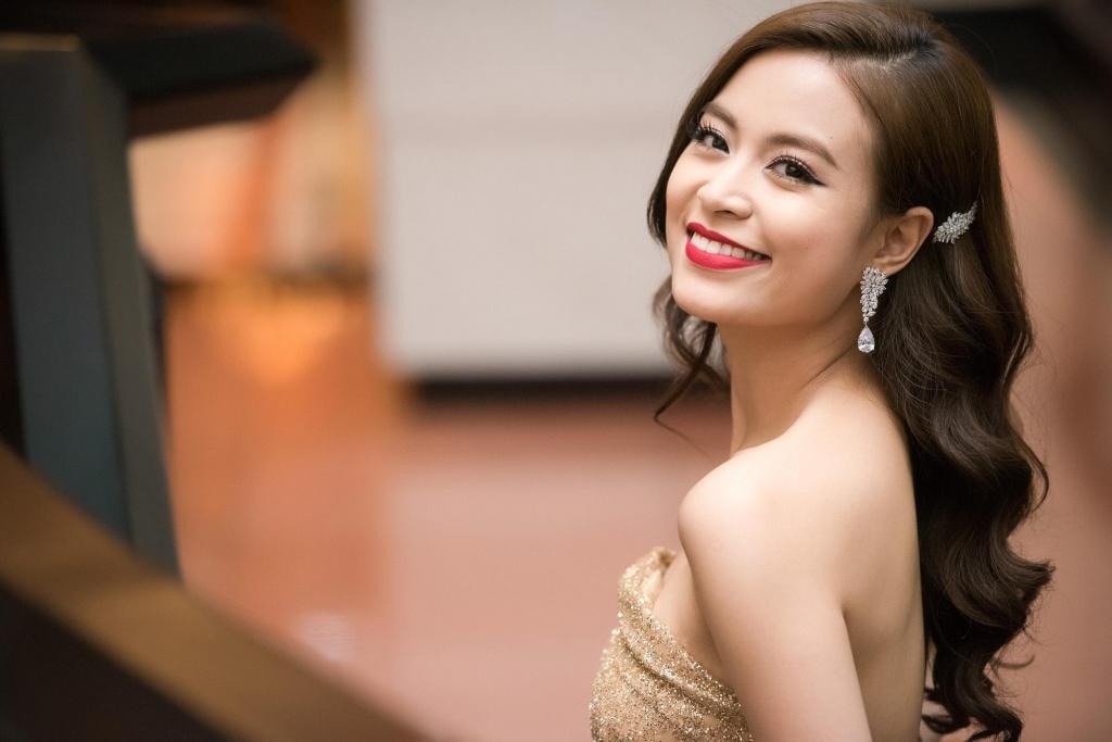 Hoàng Thùy Linh lên tiếng đính chính về clip nóng 11 năm trước 1