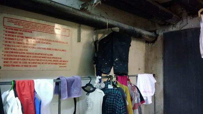 Hình ảnh điều kiện tồi tàn mà nhân viên một trung tâm thương mại nổi tiếng Philippines phải chịu gây phẫn nộ cộng đồng mạng 9