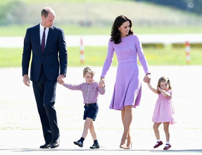 Có thể bạn chưa biết: Vừa chào đời hoàng tử Anh đã trở thành tỷ phú và những con số ấn tượng về khối tài sản của 3 đứa trẻ hoàng gia 9