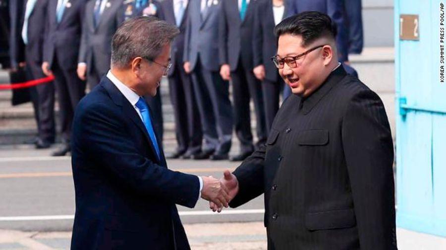 Điều gì khiến Kim Jong-un phải mang toilet riêng khi đến thượng đỉnh liên Triều? 2