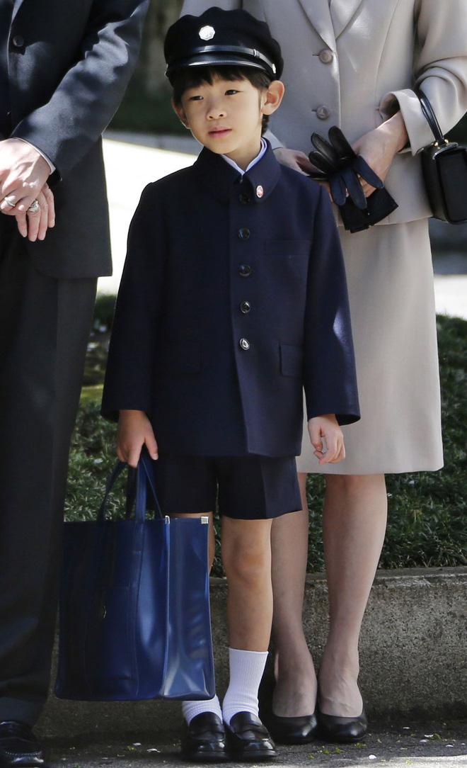 Không chỉ Hoàng gia Anh, còn rất nhiều tiểu Hoàng tử và Công chúa trên thế giới khiến ai cũng xuýt xoa vì dễ thương 9