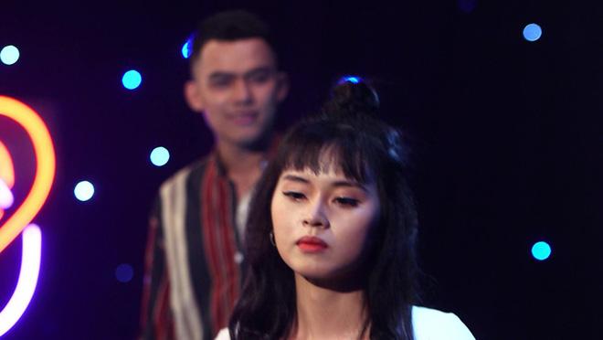 Học trò ca sĩ Thu Phương bị chỉ trích và nhận kết cục ê chề vì thói hám sắc và nịnh đầm 13