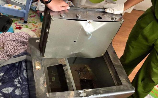 Một 'đại gia' ở Sài Gòn trình báo bị trộm đục két sắt, mất gần 6 tỷ đồng 1